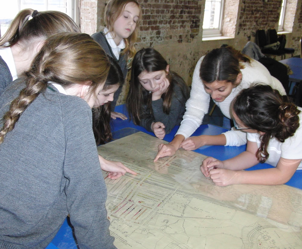 We visited The Heritage Centre as part of our WW2 work. Click on the news link to see more.