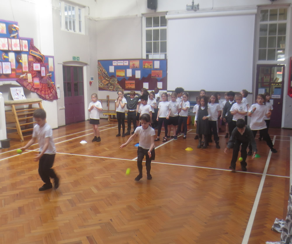 Some team games to practise our ball skills.