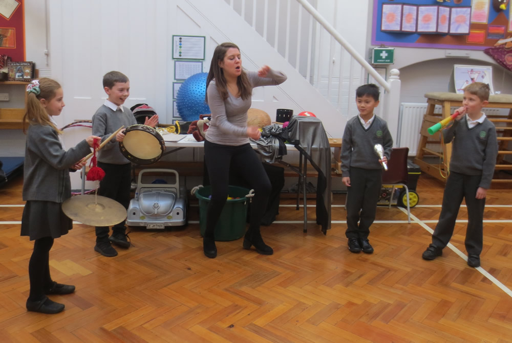 We learnt about forces with Crew Theatre. Click on the news link to see more.