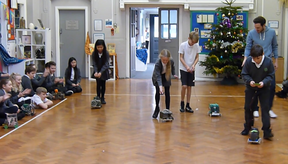 Click on the news link to see more photos of Year 6 vehicle races.